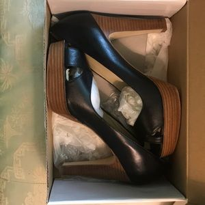 Steve Madden black leather and wood heels